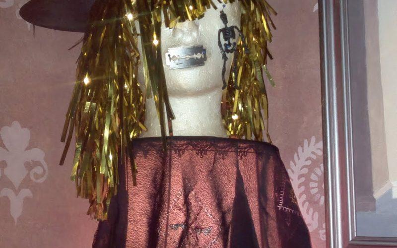 askarteluohje noitakoriste halloween-juhliin