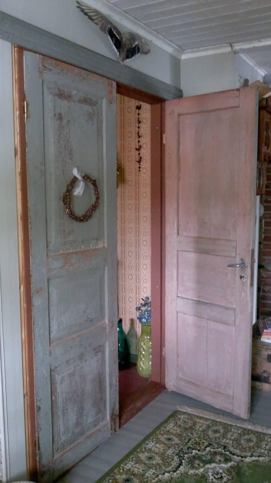 Kauniit, vanhat ovet käyttöön